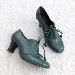 NEW Aerosoles Green Lace Up Oxford Witchy Booties